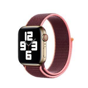 Apple Watch Sport Loop in plum